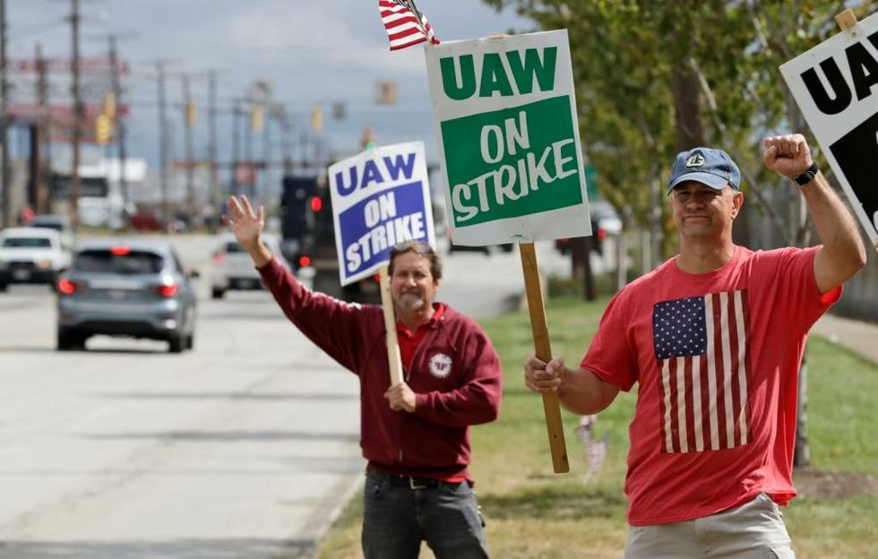UAW members on 9th day of General Motors strike