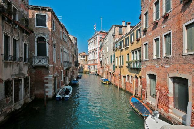 Engel 032020 Venice.jpg