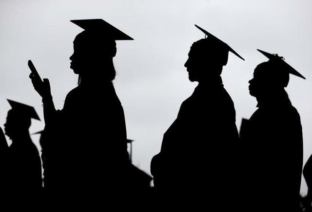 Singer-Sussman-Student loans 120120.jpg