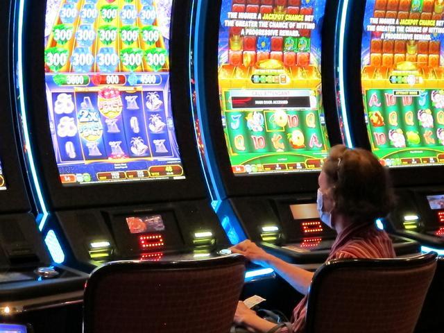 Dayen-Gambling 020321.jpg