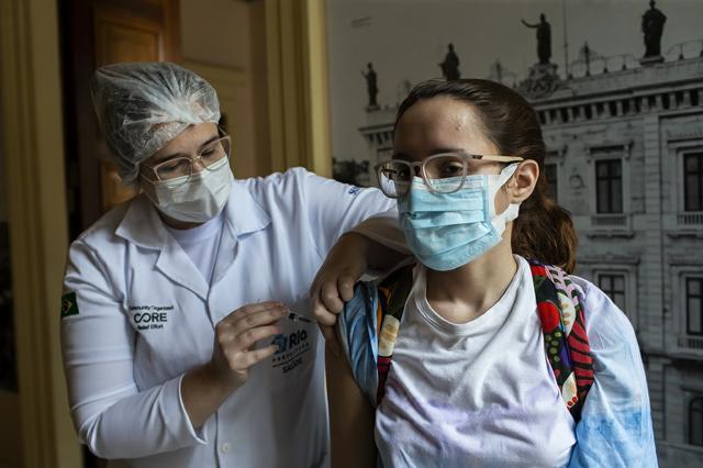 Lazare-Brazil vaccine 090221.jpg