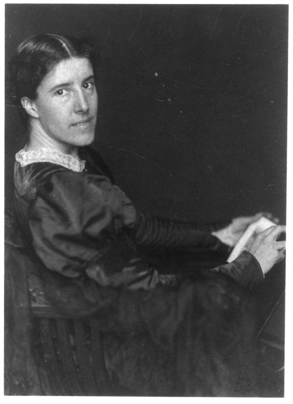 charlotte_perkins_gilman_by_frances_benjamin_johnston.jpg.jpe