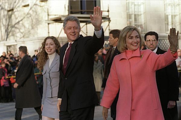 hillary_clinton_bill_chelsea_on_parade.jpg.jpe