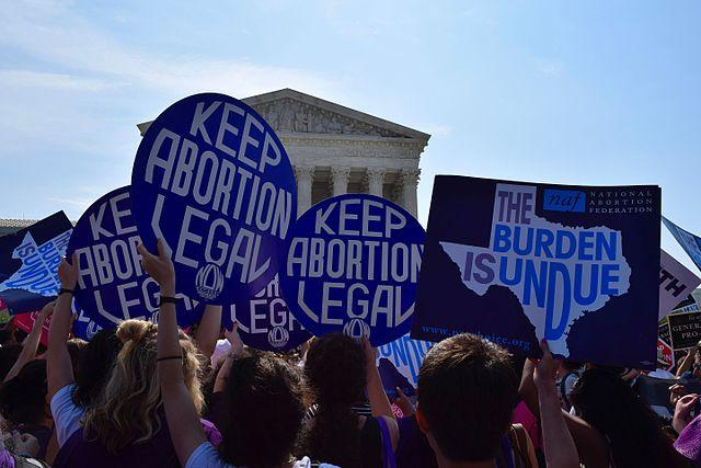 pro-choice_demonstration_about_whole_womans_health_v._hellerstedt_in_front_of_scotus_01.jpg.jpe
